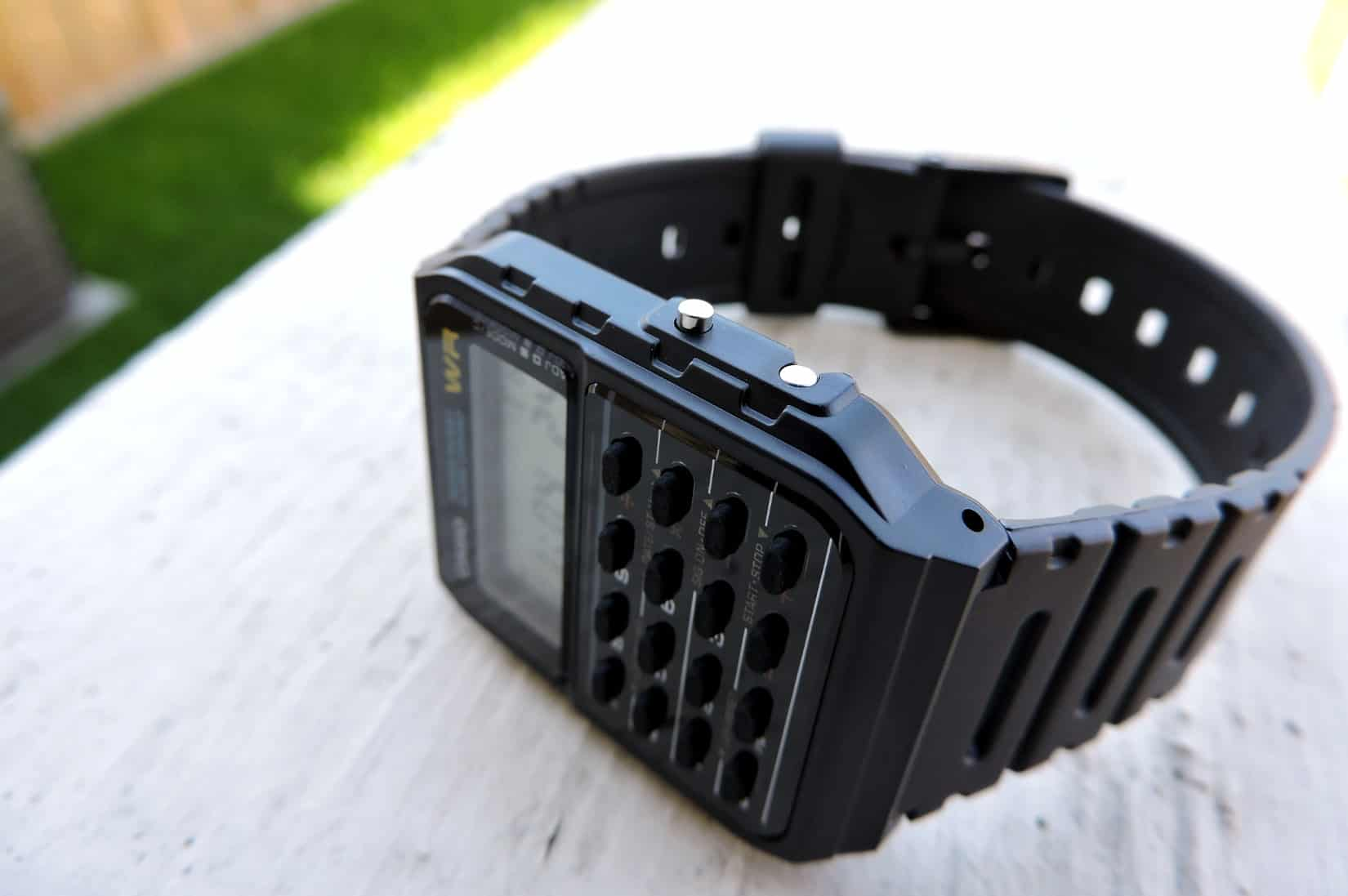 how to use a calculator watch