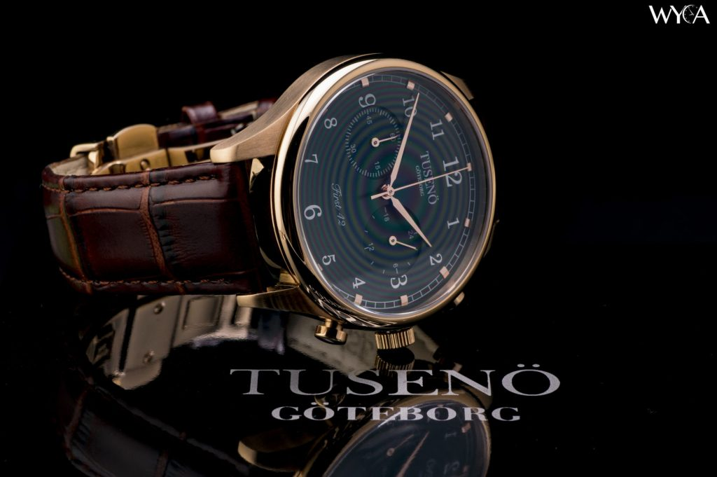 Tuseno First 42 in Rose Gold