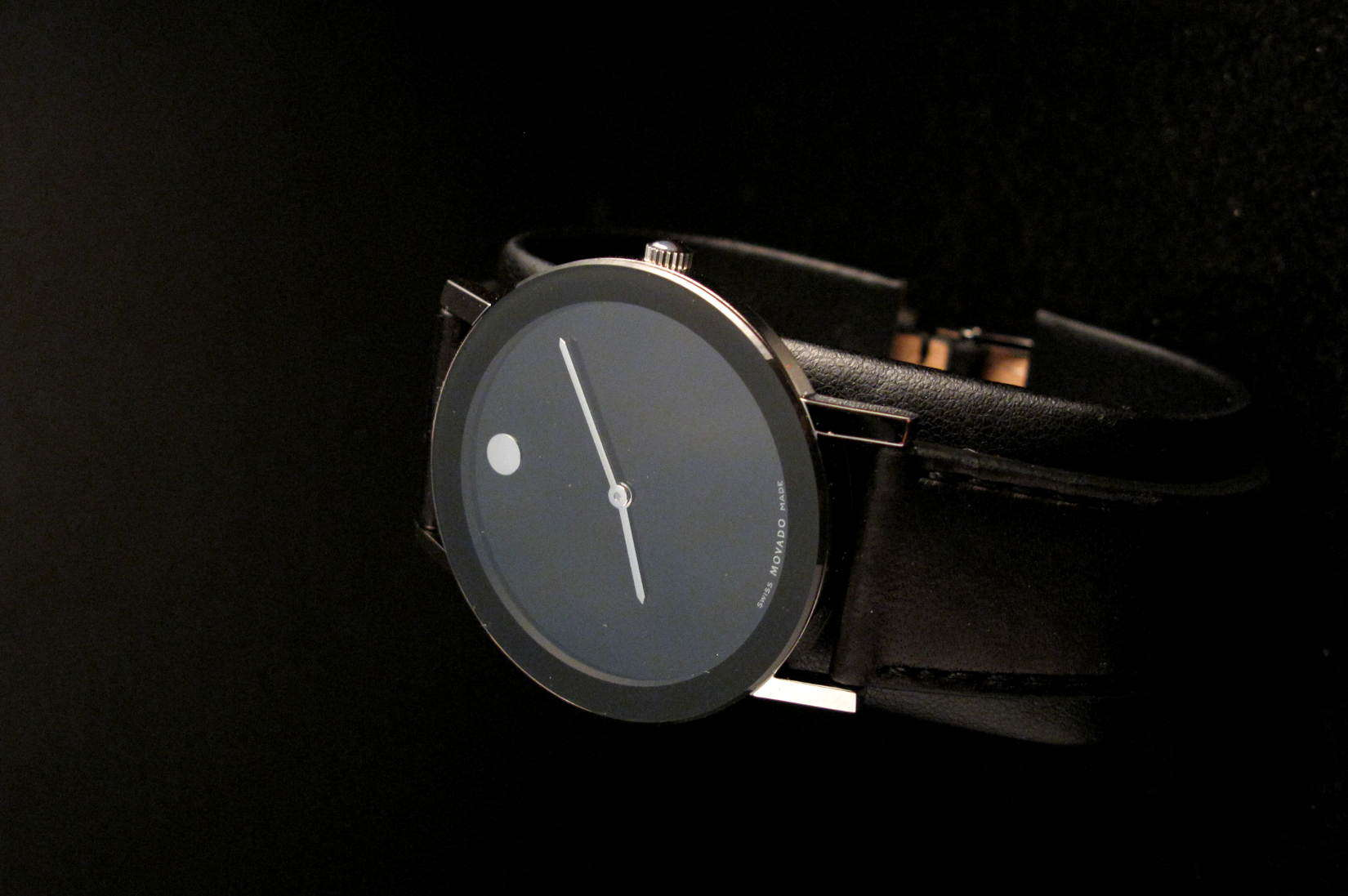 By Late 1990 Onto Present Day, Movado Has Been Focused On Minimalism And  Simple Timepieces That Champions Their Signature Piece: The Museum Dial.